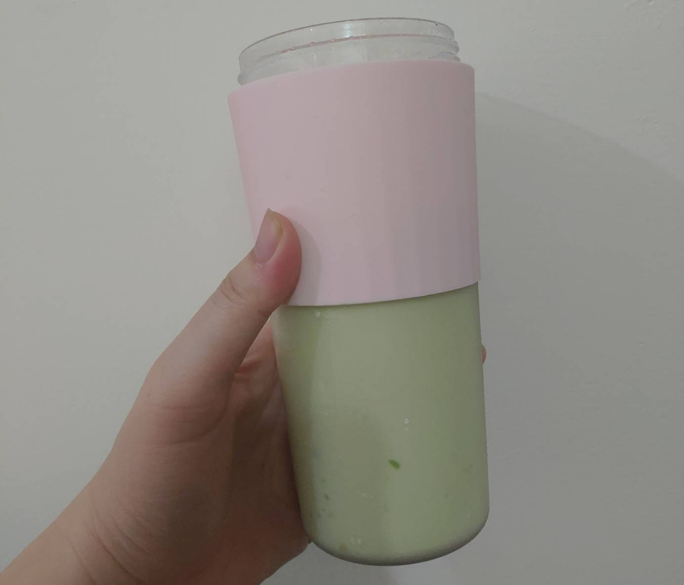 酪梨布丁牛奶