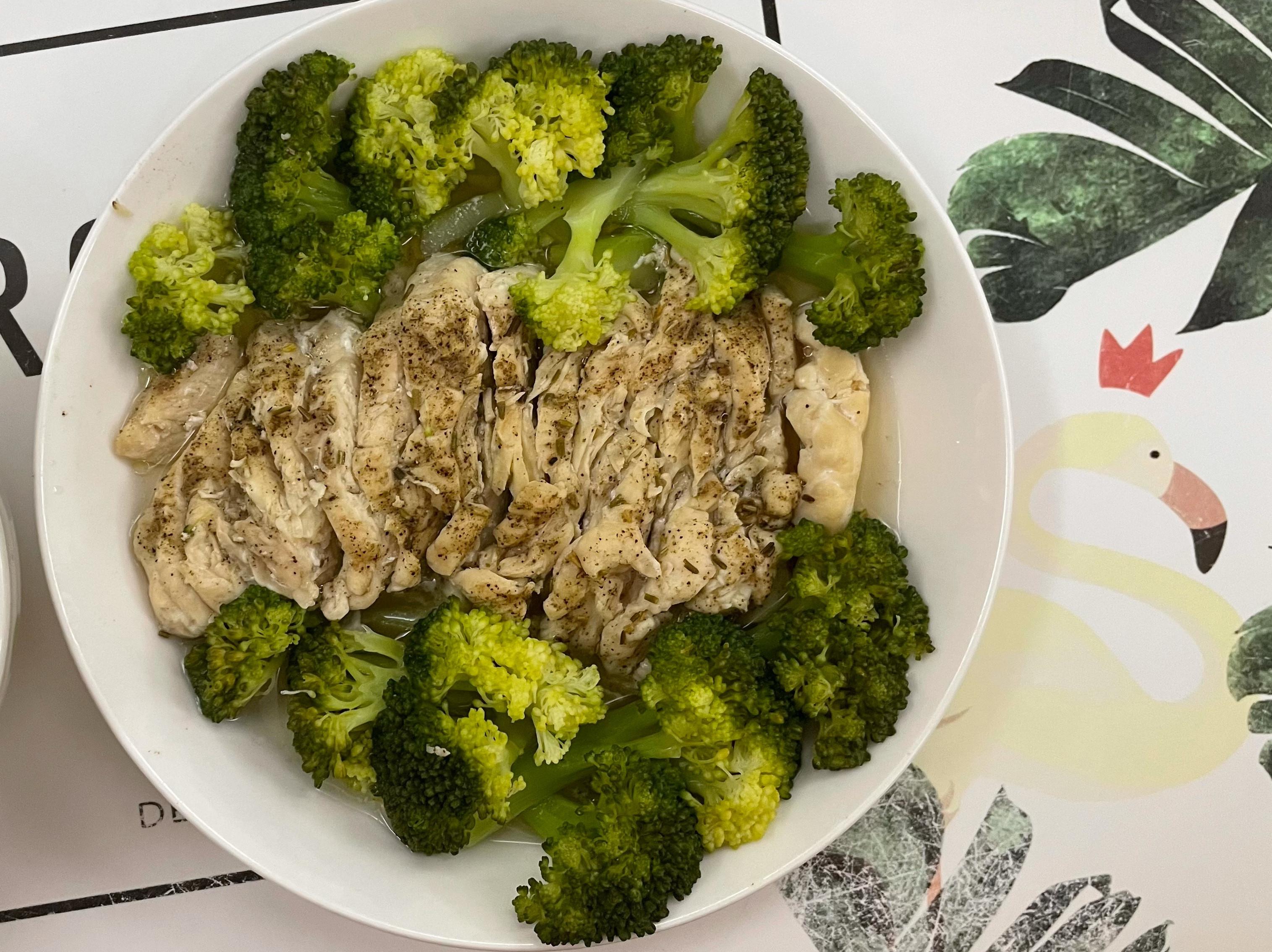 清蒸花椰菜雞胸肉