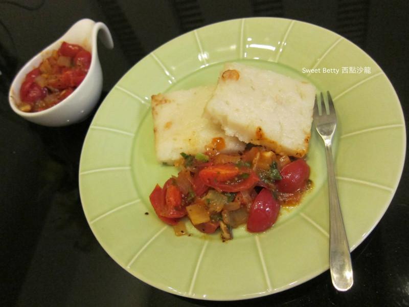 新鮮香料蕃茄vs.蘿蔔糕