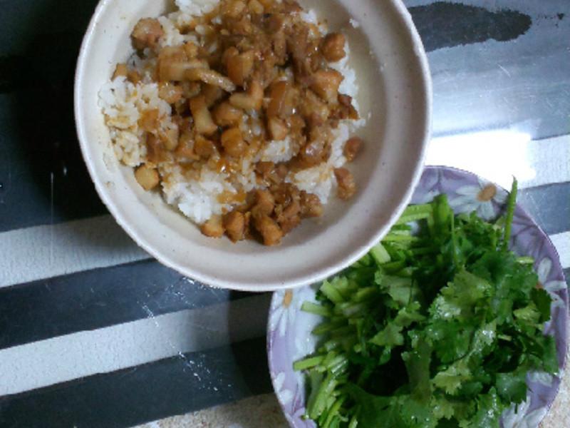 【老吳的廚房】香噴噴滷肉飯