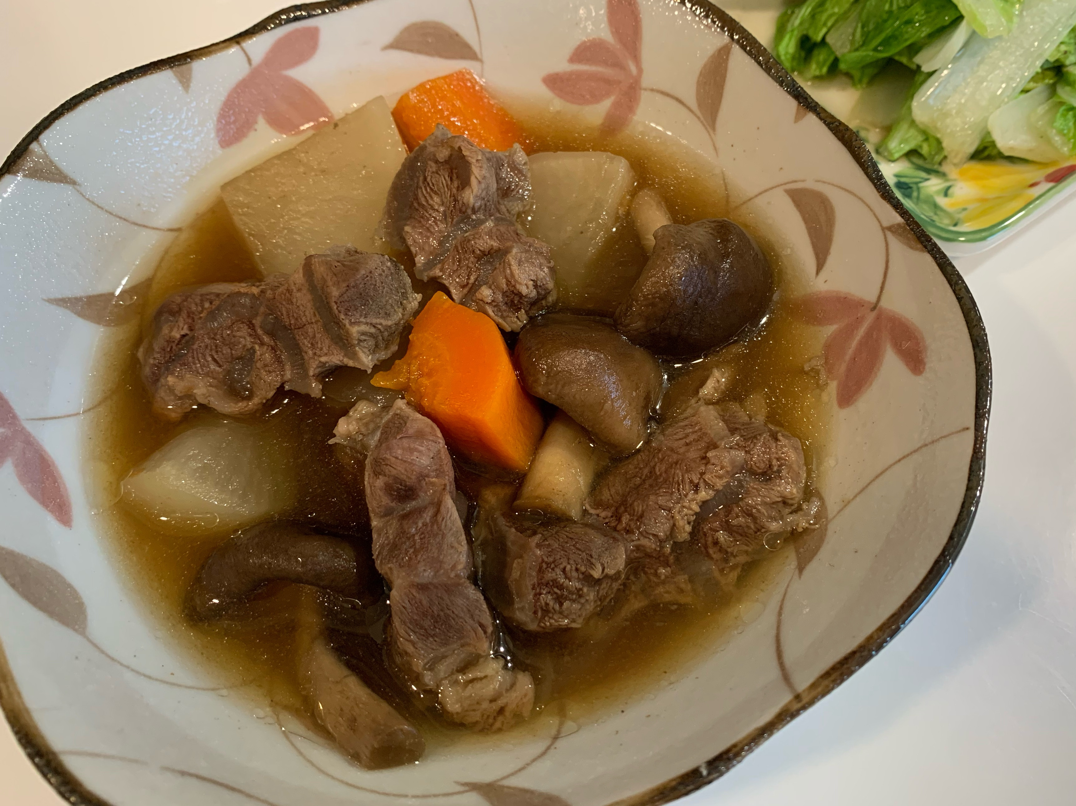 蘿蔔燉牛肉湯(肉骨茶口味)