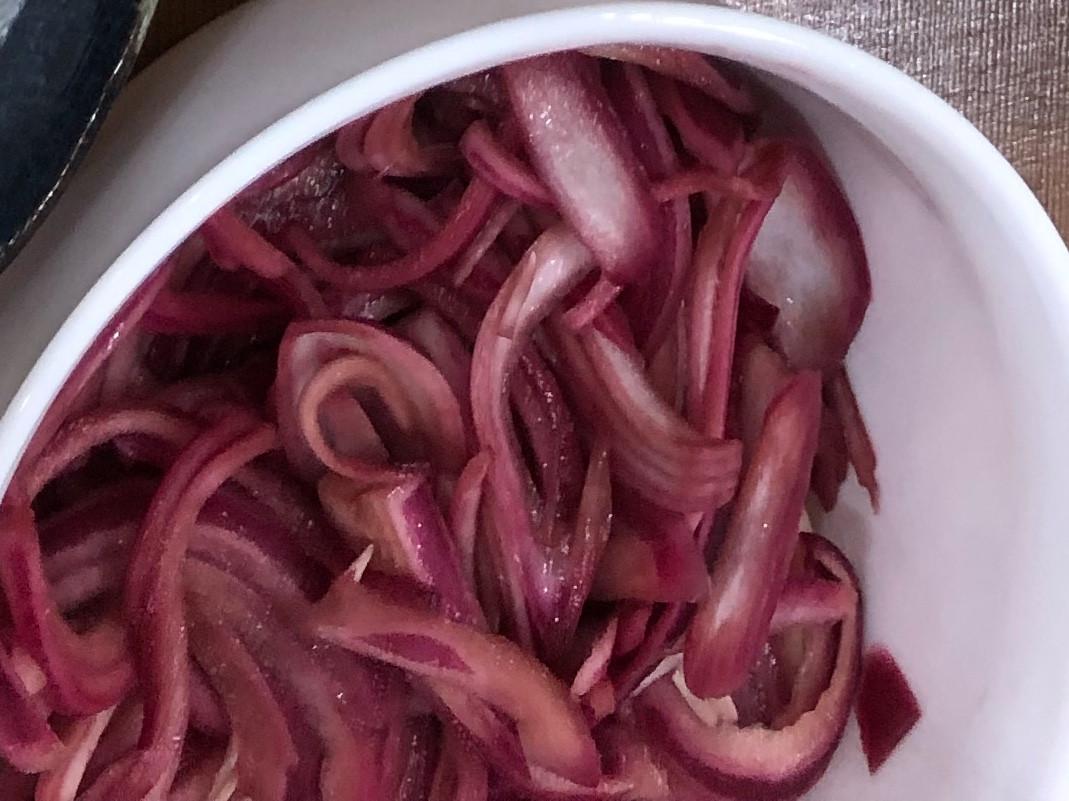 醃紅洋蔥絲