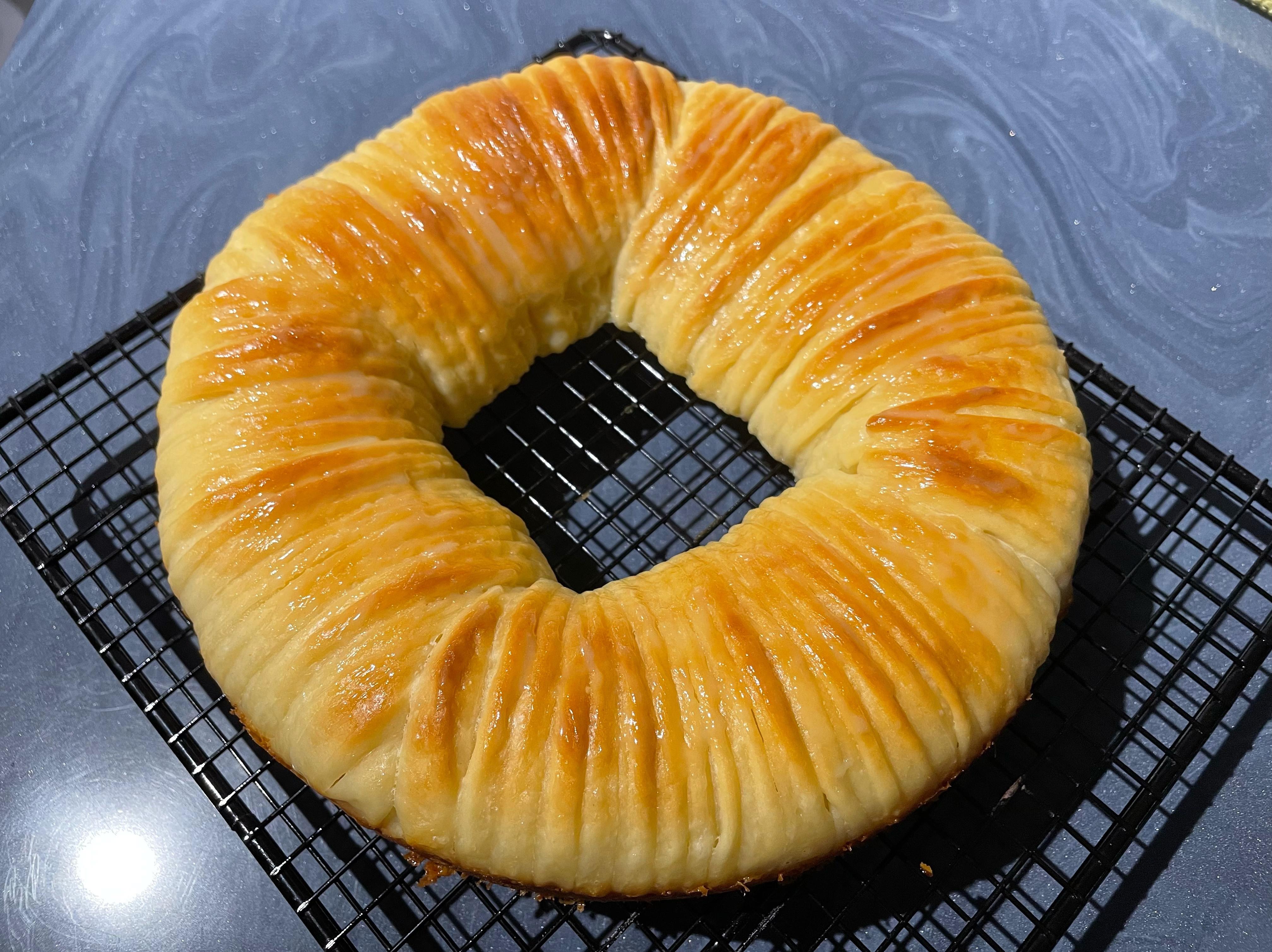 毛線球煉乳捏捏麵包