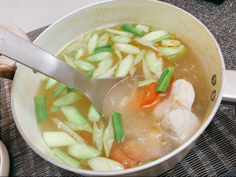 蕃茄蒜苗鮮魚湯