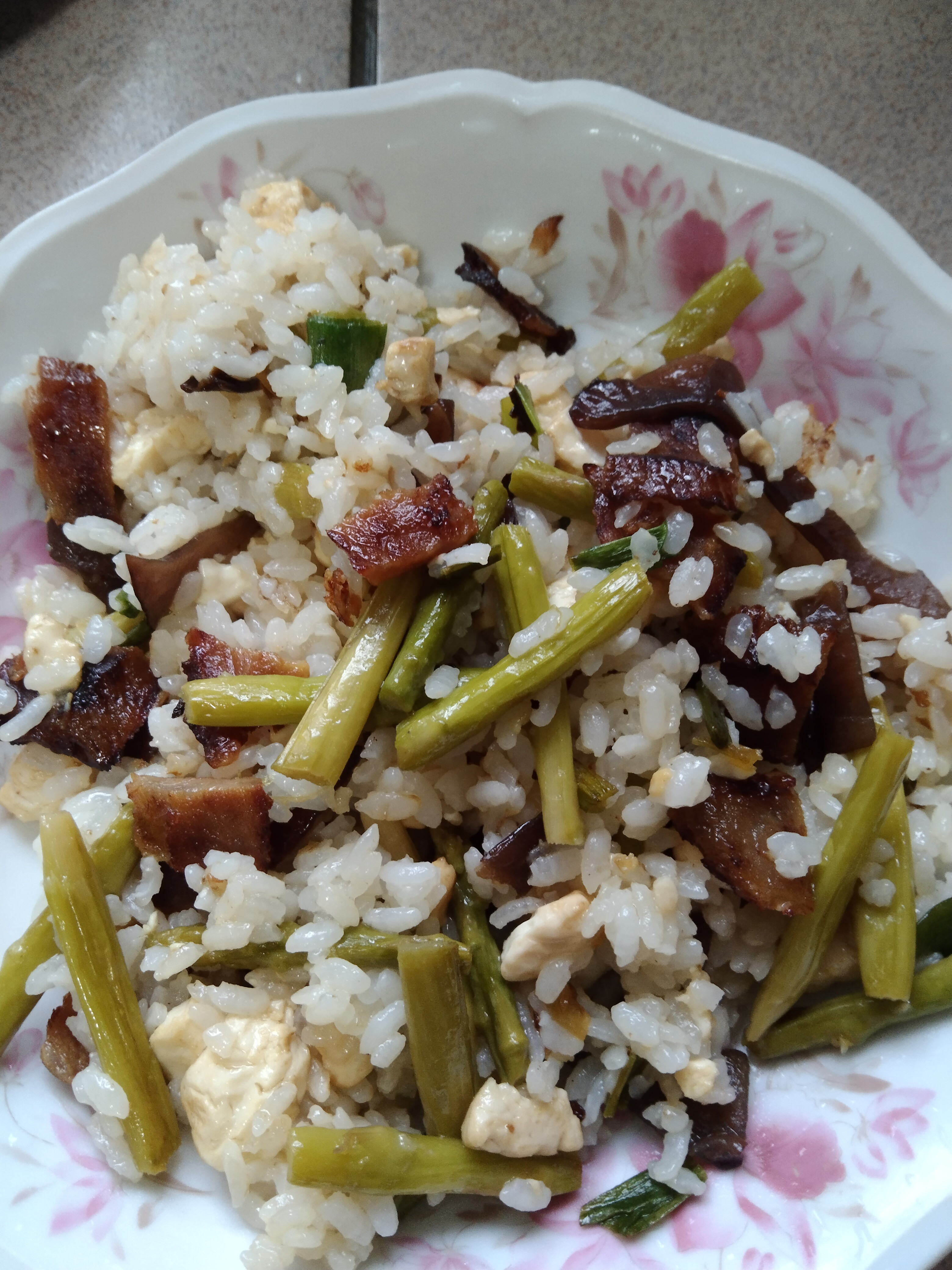 豆腐燒肉炒飯