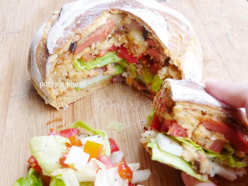 【Take a bread!創意三明治、麵包早餐】藏餡三明治