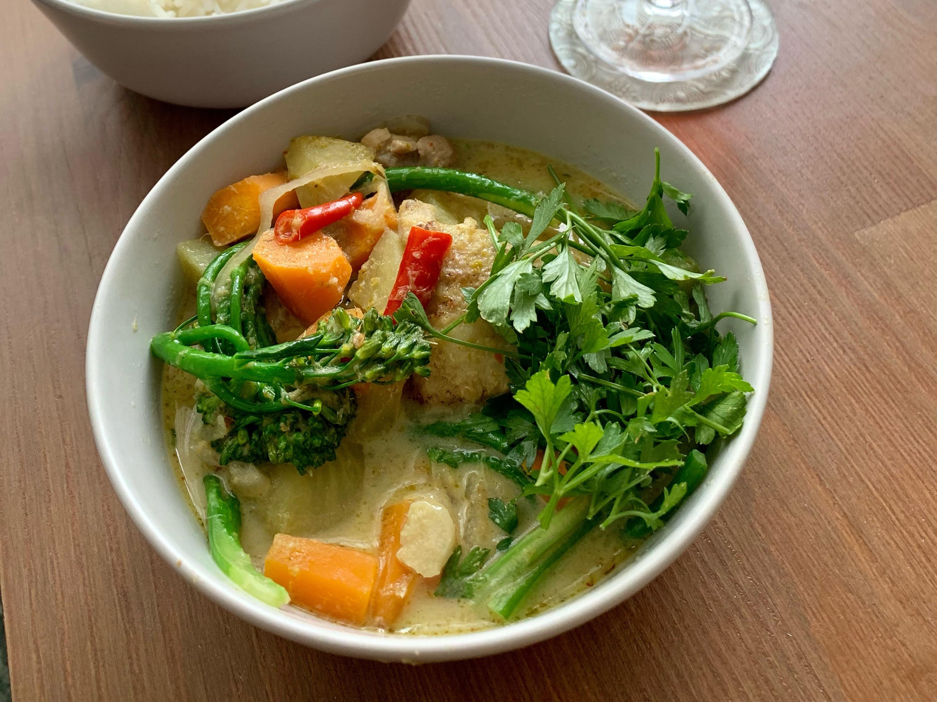 【少份量】兩人份泰式雞肉綠咖喱
