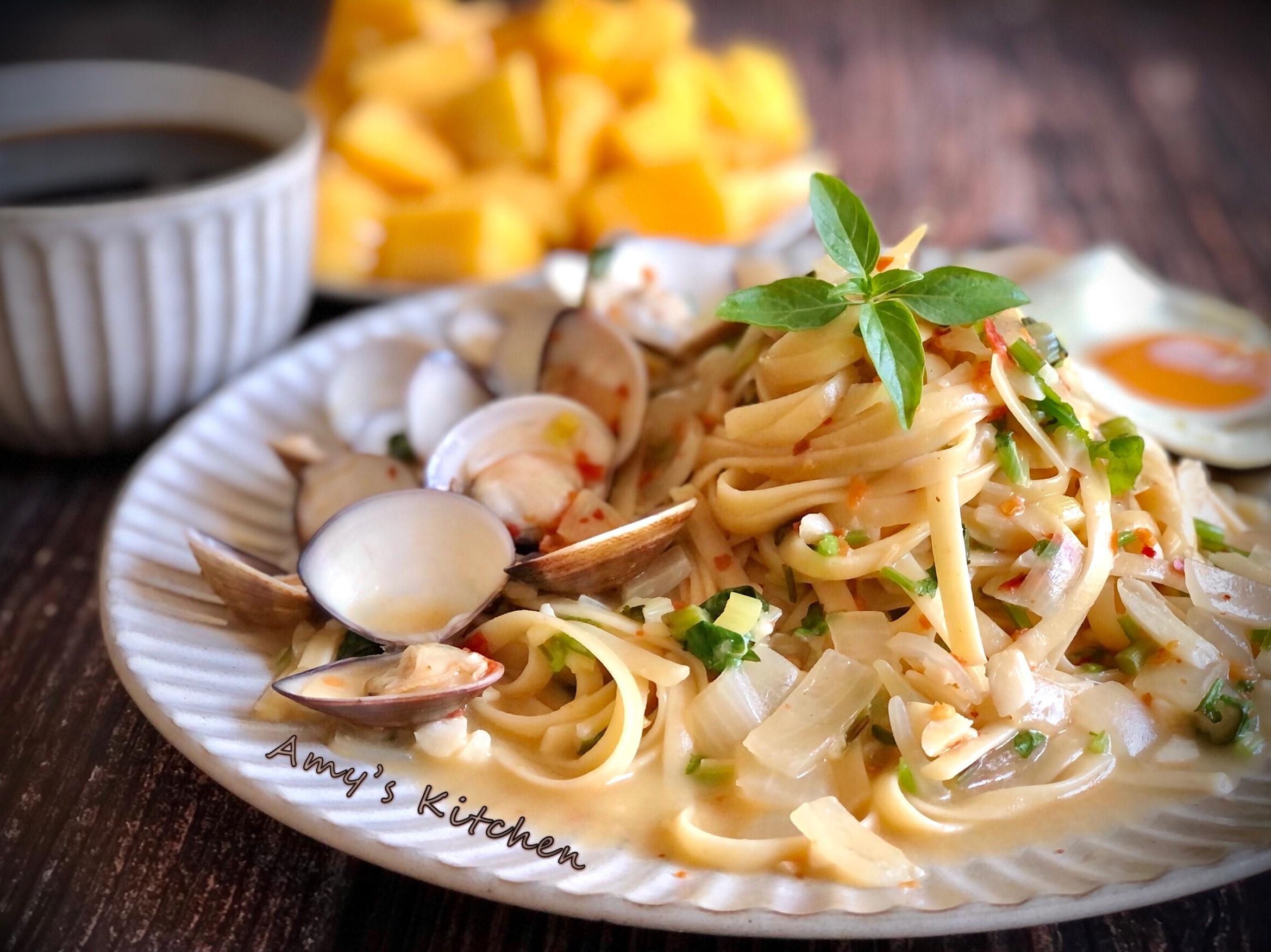 辣味蒜香蛤蜊義大利麵