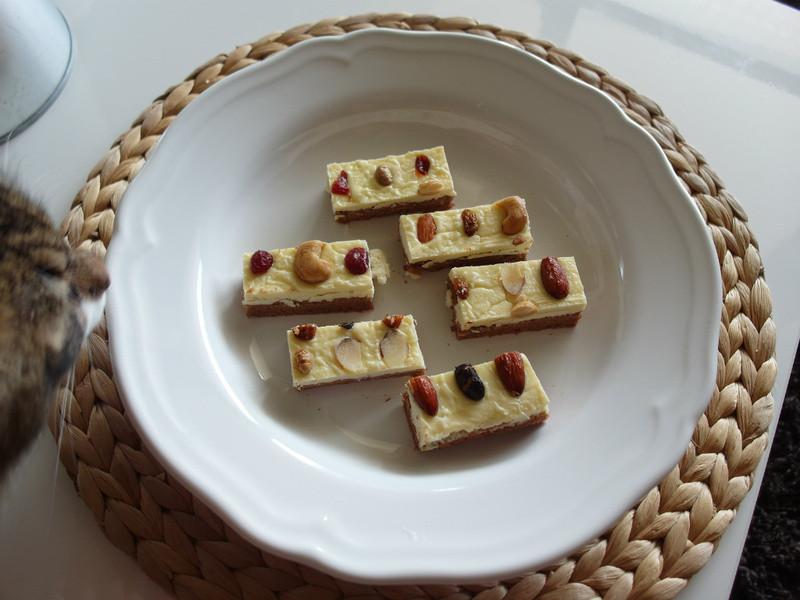 Licca【果仁乳酪蛋糕條】