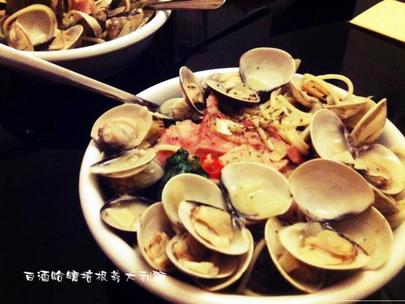 鮮美♫白酒蛤蠣培根義大利麵❤艾希絲愛煮食