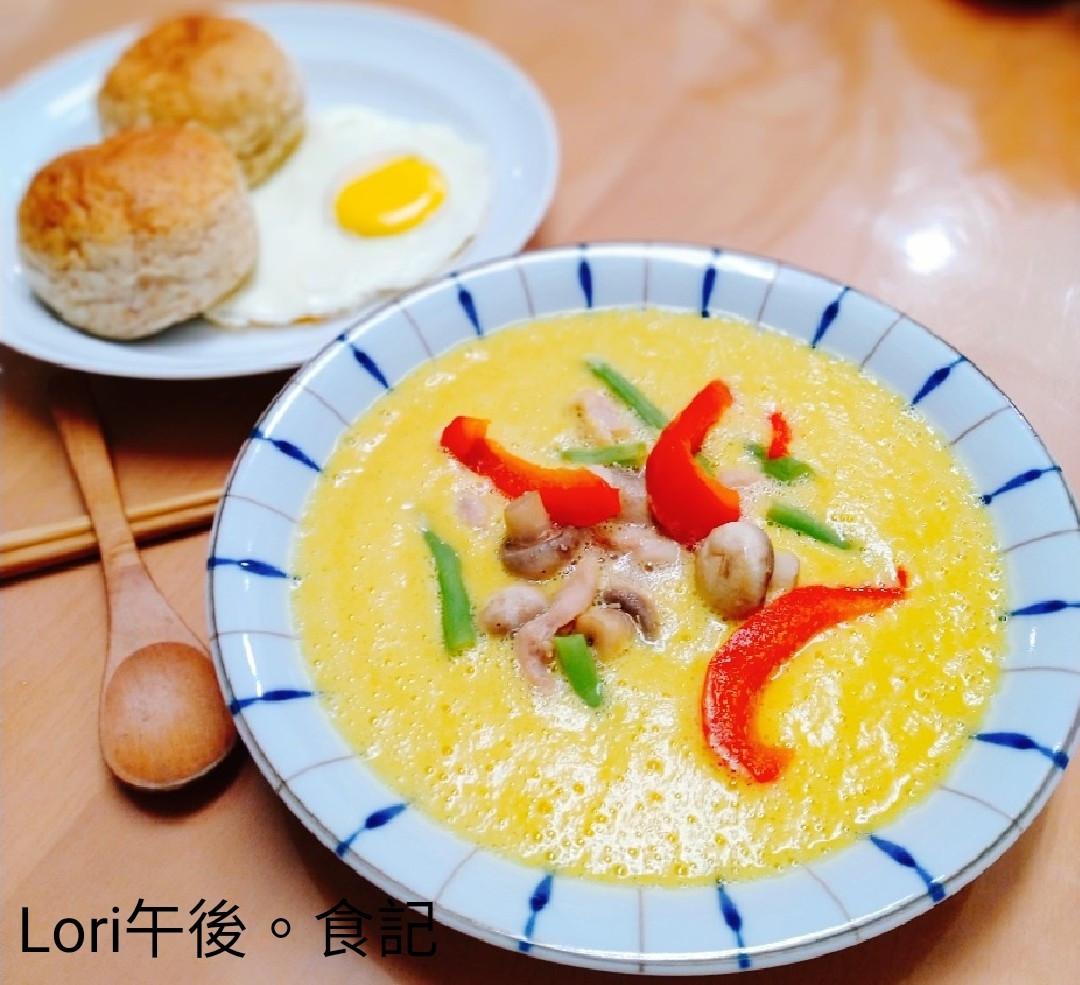 雞肉蘑菇南瓜湯+餐包