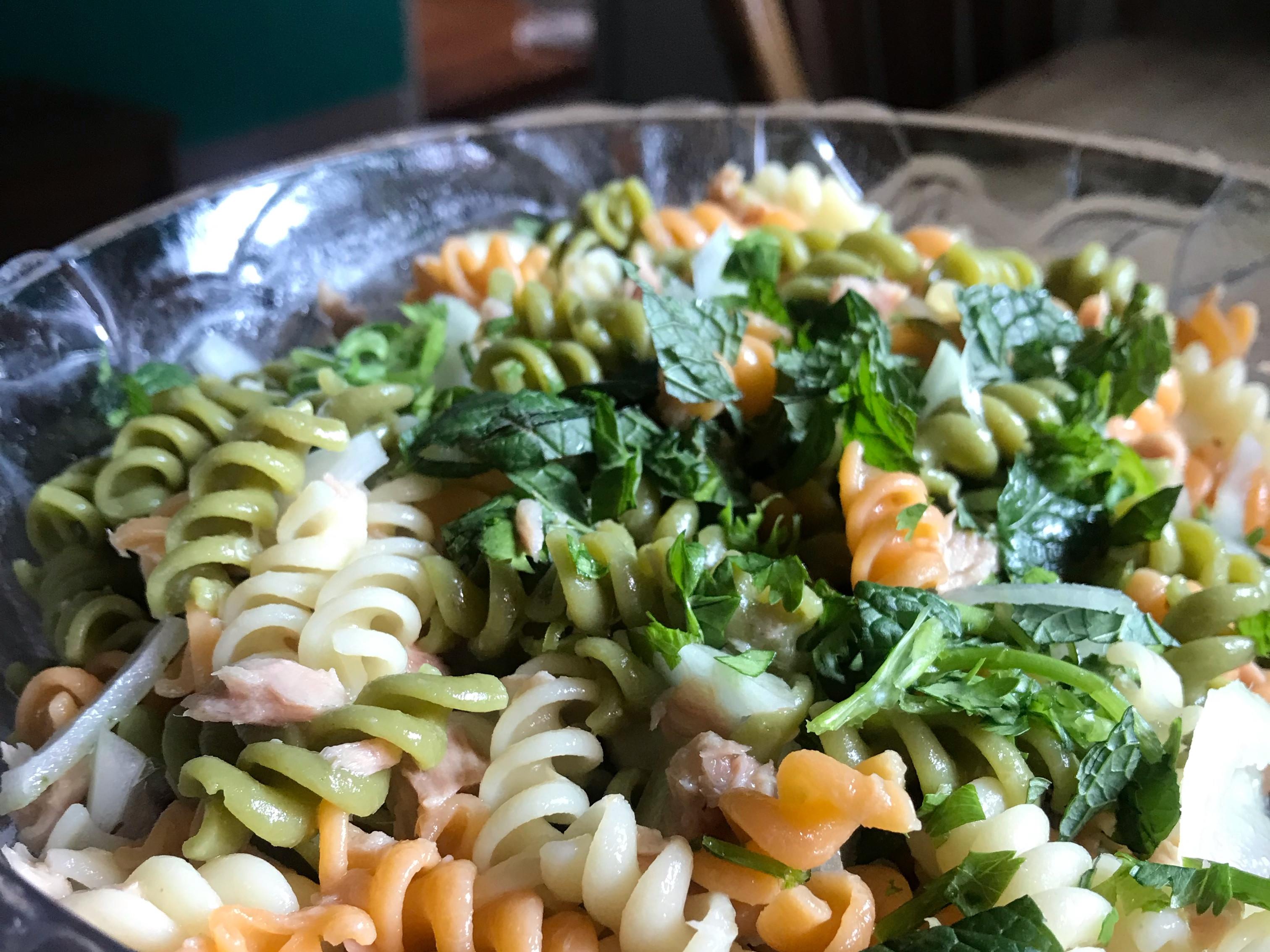泰式鮪魚義麵沙拉