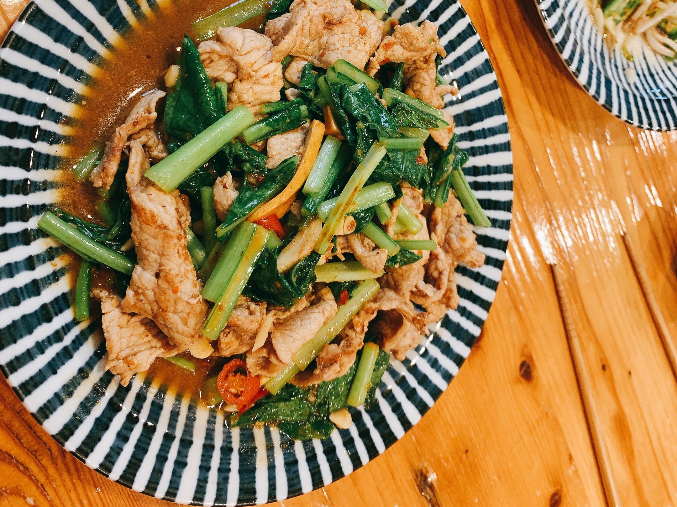 沙茶豬肉炒油菜