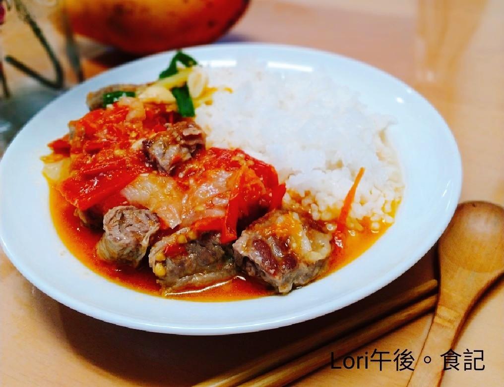 懶人料理~番茄燉牛肉飯