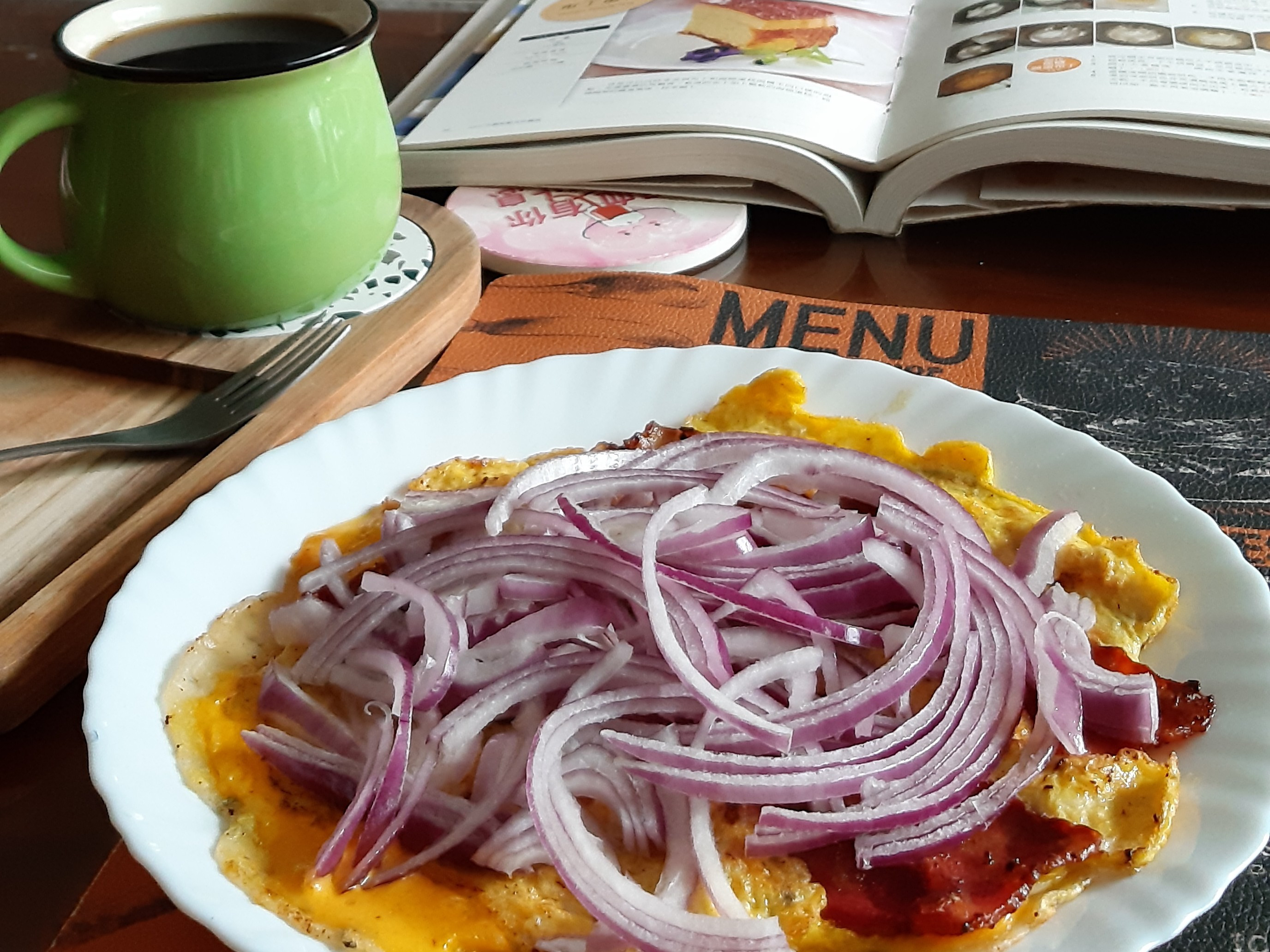 紫洋蔥起士蛋餅