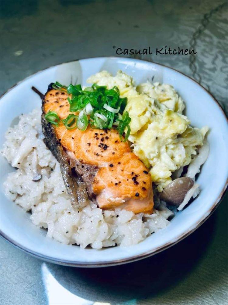方便快速! 奶油鮭魚野菇炊飯