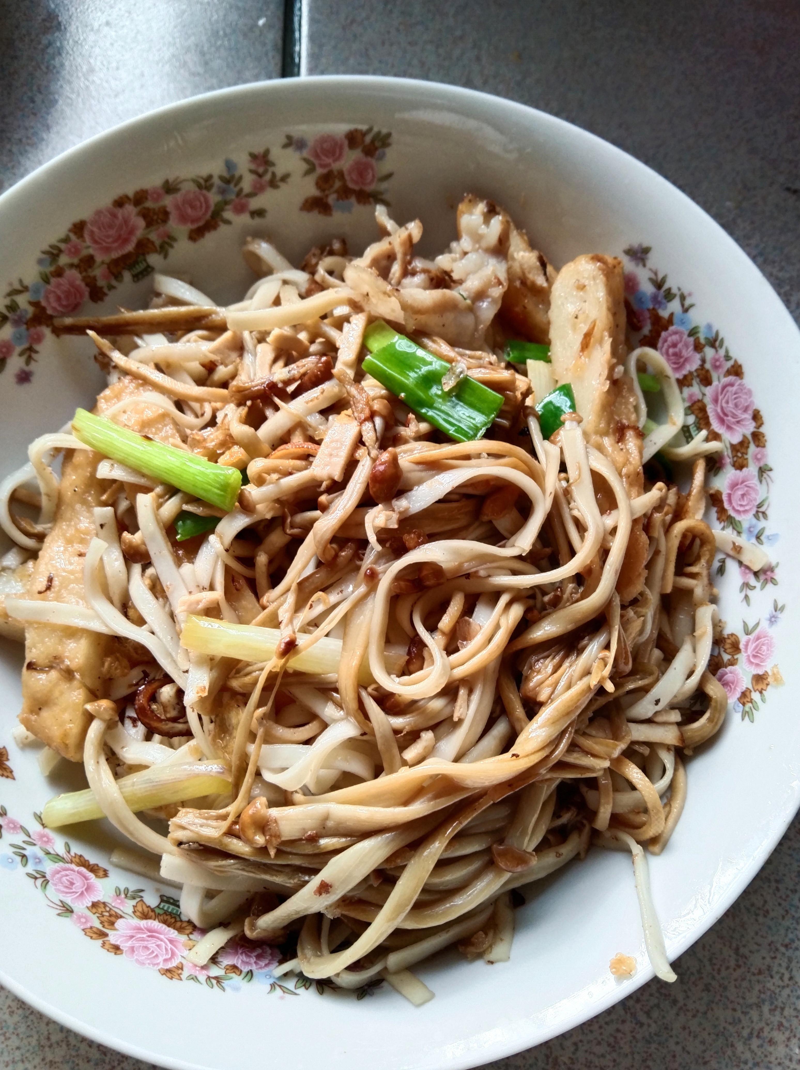 金針雜菜炒麵
