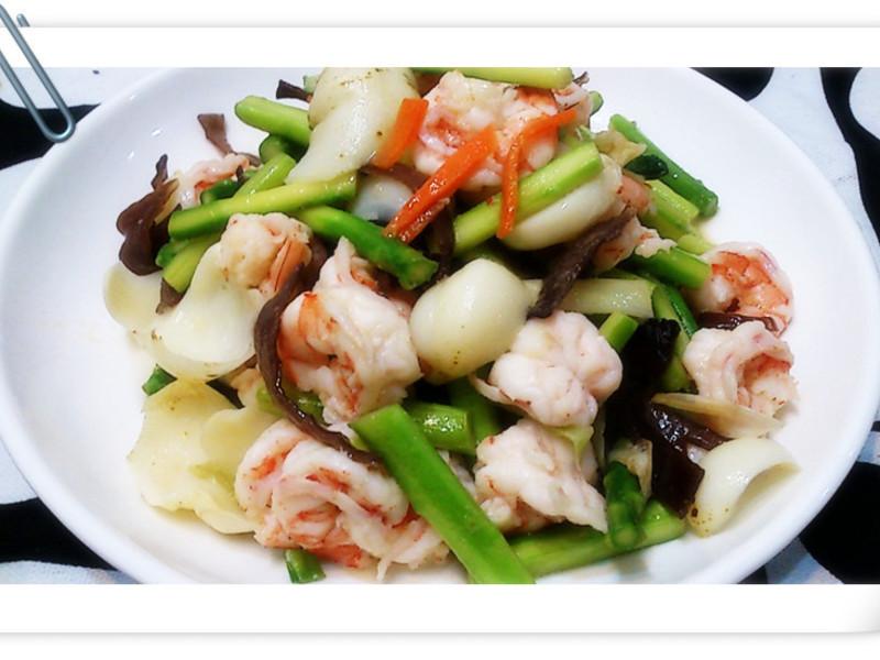 百合什錦炒鮮蝦