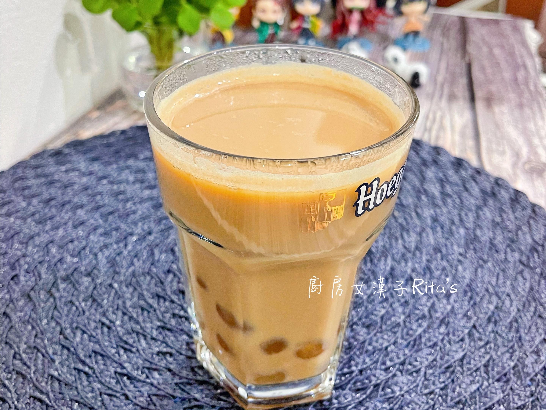 紅玉熱奶茶
