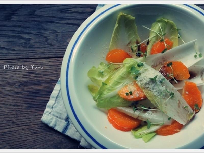 [Yun。在廚房]小橘子菊苣沙拉