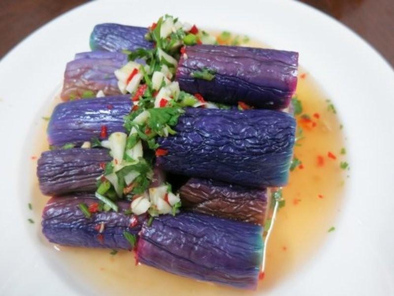 ♦泰泰風♦ 涼拌紫茄.. 水煮出很紫很紫的茄子