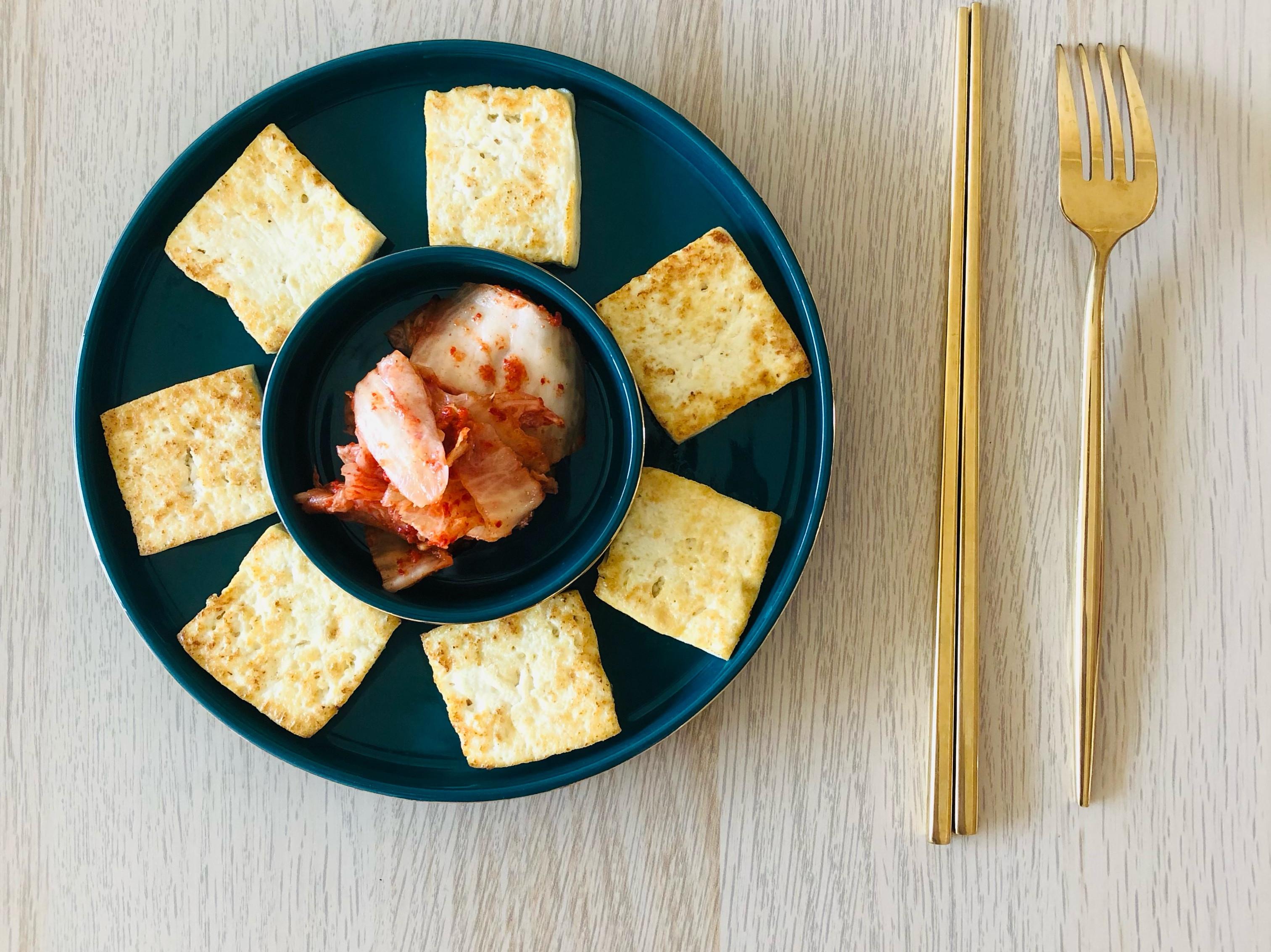 煎豆腐佐韓式泡菜