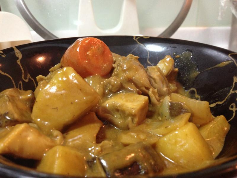 [穀盛綠咖哩]山藥雙寶咖哩燴飯(雞腿+豬肉)