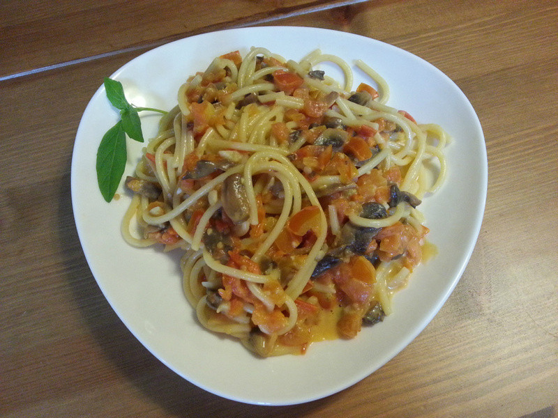 蕃茄蘑菇起司義大利麵