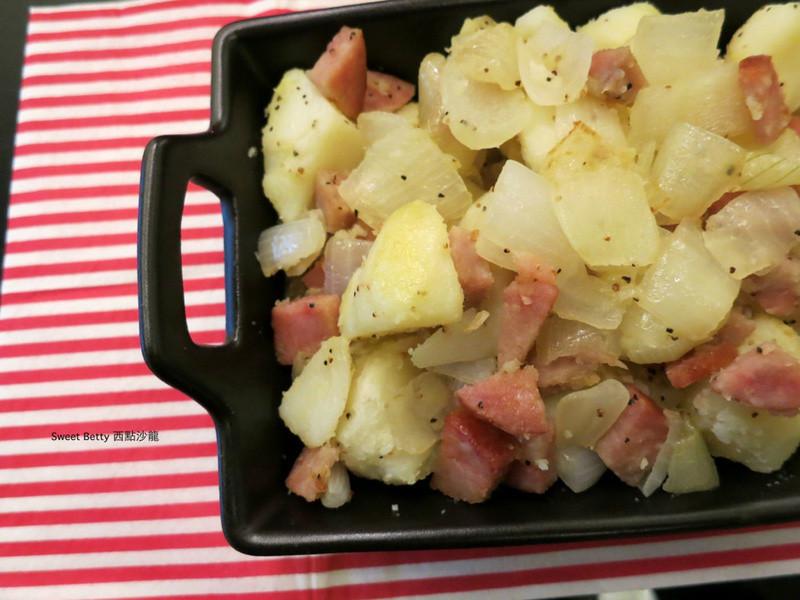 火腿洋蔥炒馬鈴薯