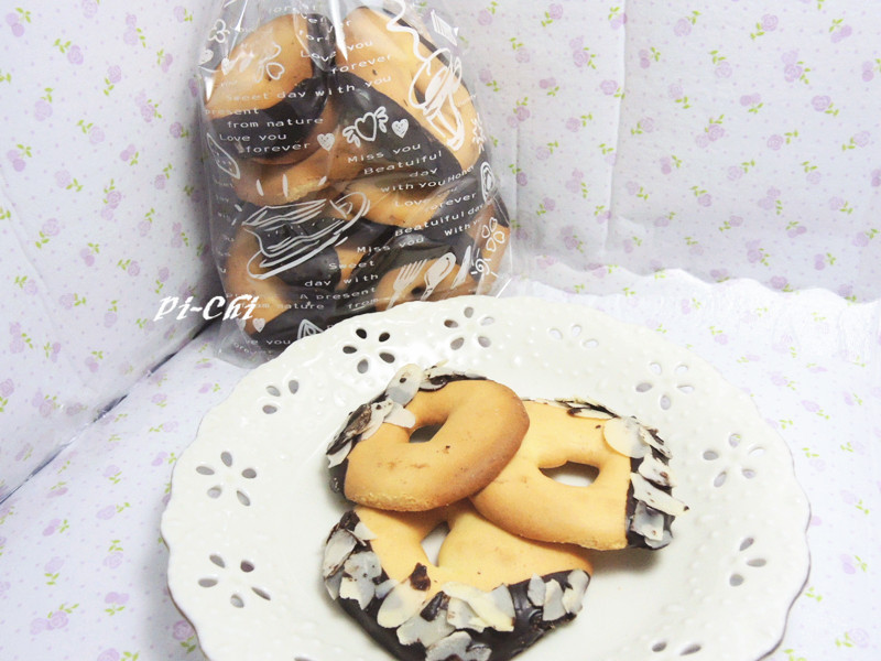 杏仁巧克力圈圈餅