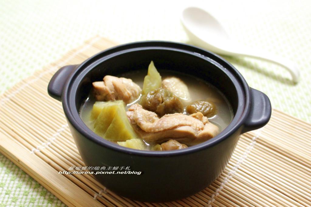 梅子苦瓜燉雞湯