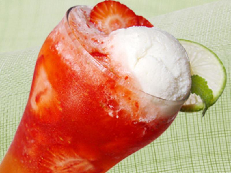 【厚生廚房】草莓冰雪泡