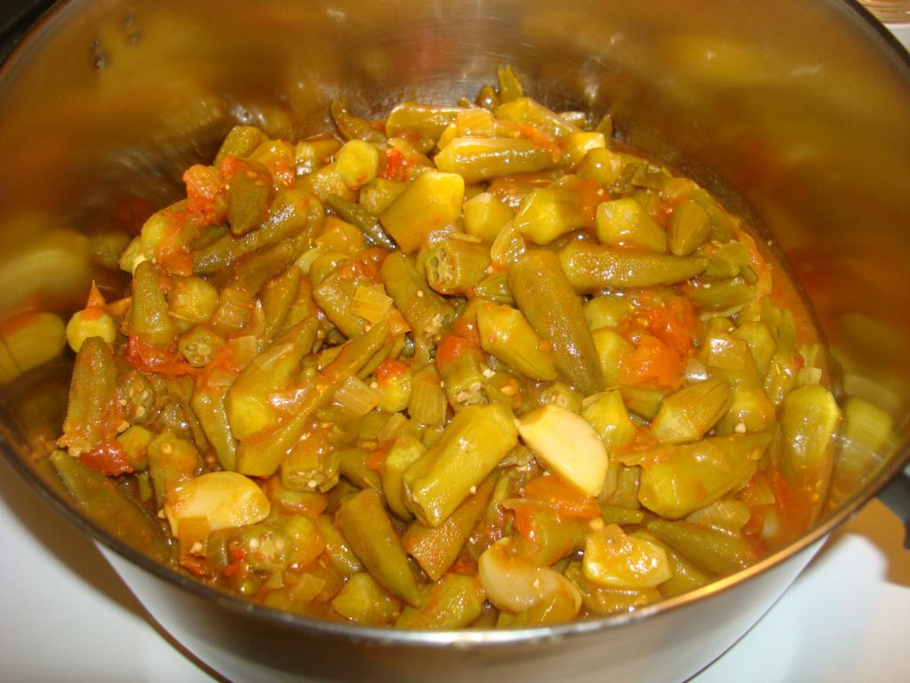 莫齊尼廚房中東菜--蕃茄燉秋葵