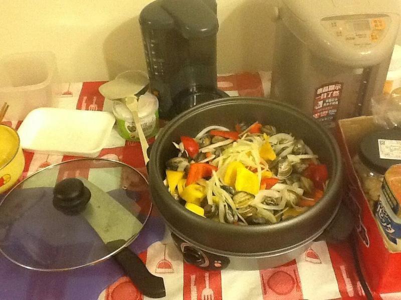 白酒蛤蠣炒甜椒