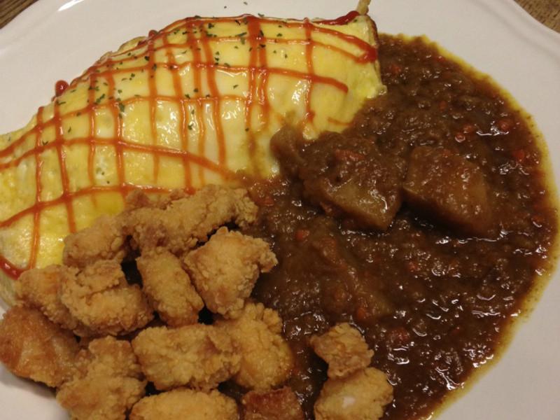 【吳双の愛妻料理】咖哩雞肉蛋包飯