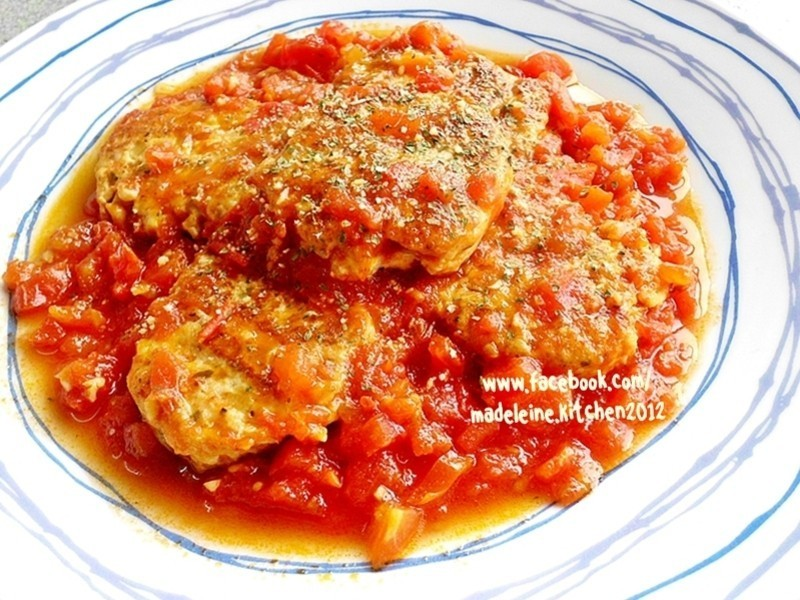 「得意的一天橄欖油」茄汁香草雞肉餅