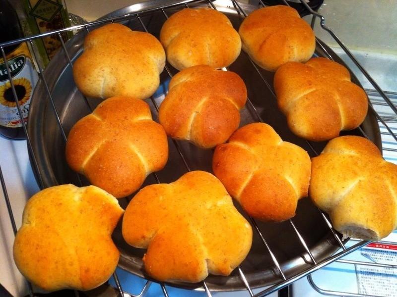 用麵包機做●優酪乳餐包