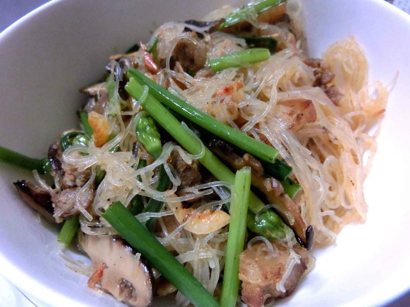 香韭菇肉絲米粉