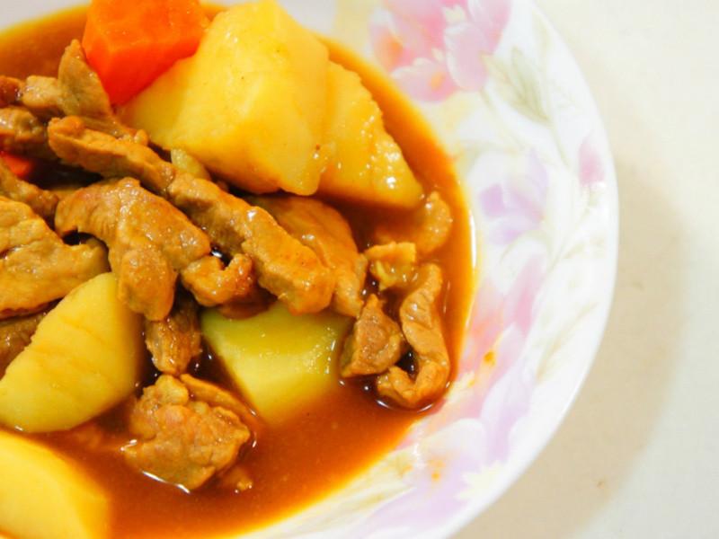 『老丹』香甜濃郁的咖哩飯
