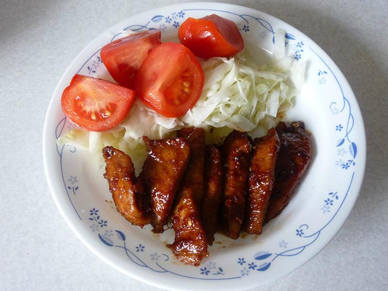 龜甲萬樂享醍醐味   日式薑汁燒肉(松阪豬)