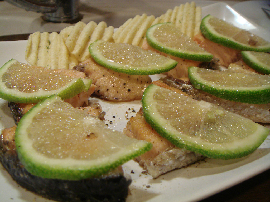 『得意的一天橄欖油』檸檬糖鮭魚煎