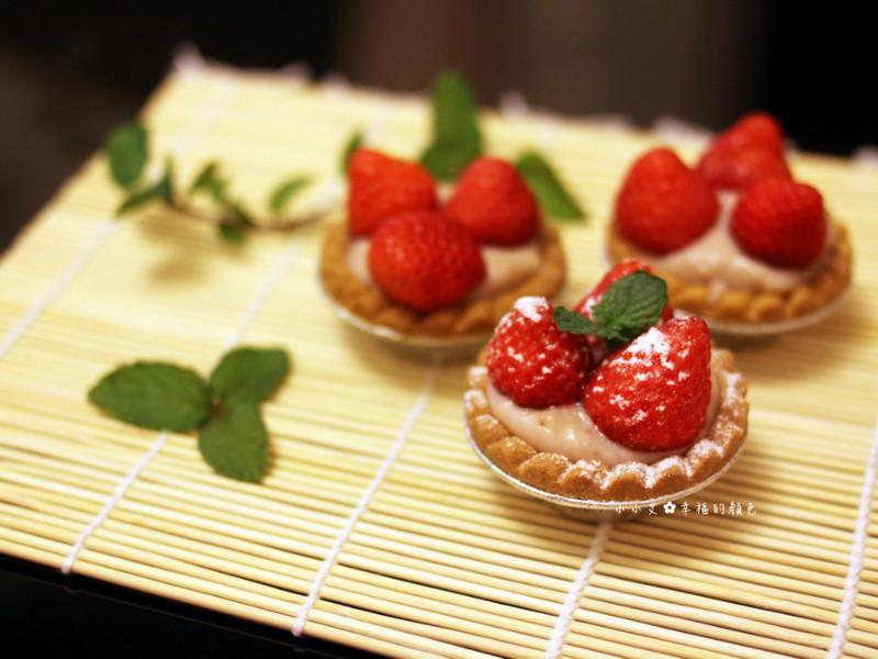 超Juicy♫卡士達鮮草莓塔❤快速草莓卡士達醬作法