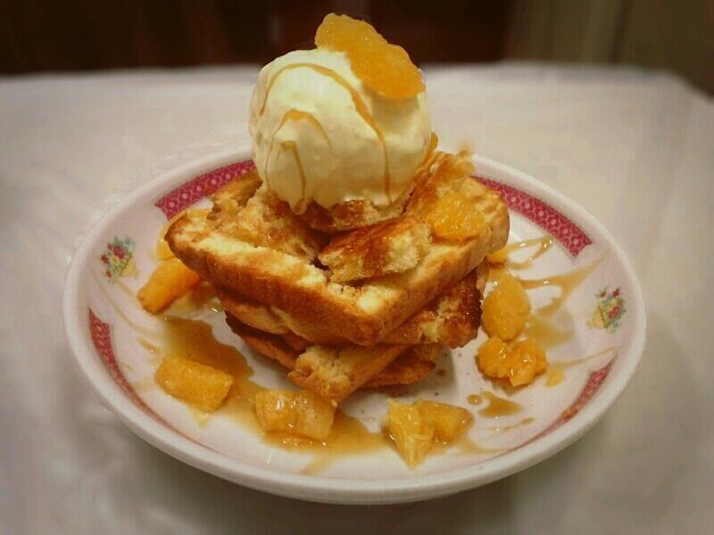 超簡單甜品《水果蜜糖冰淇淋吐司》