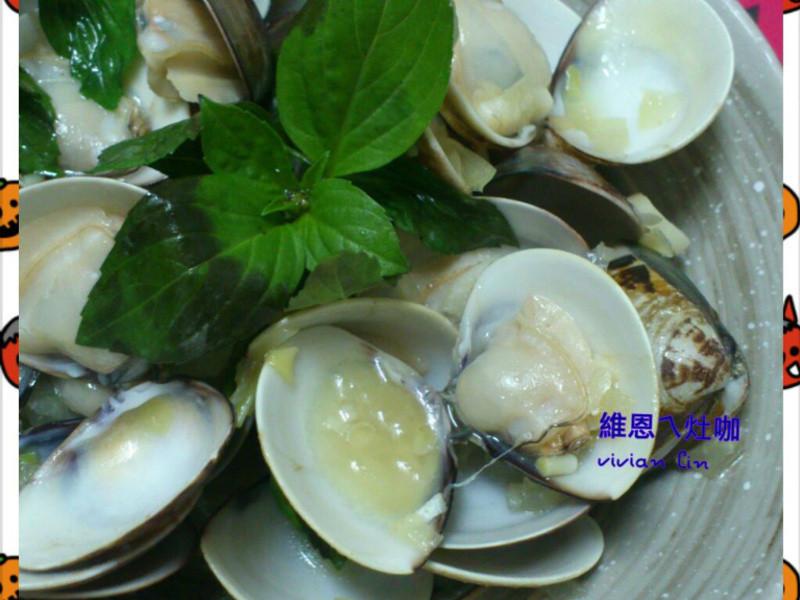 「得意的一天橄欖油」白酒炒蛤蜊