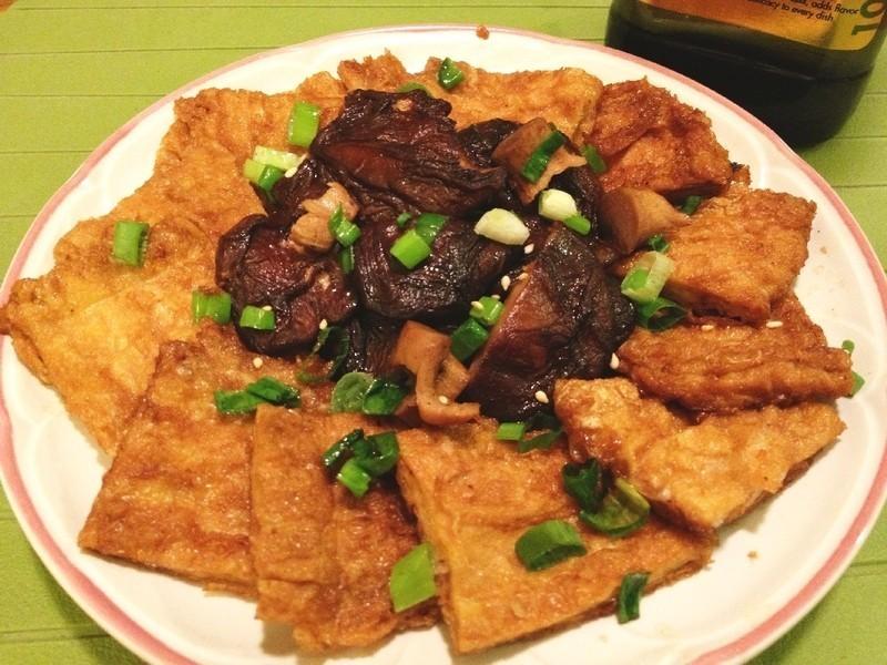 【得意的一天橄欖油】日式香菇燴豆包