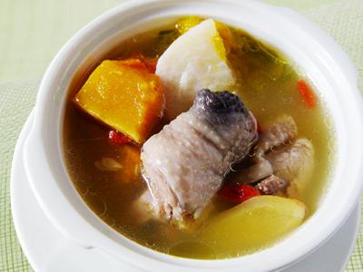 【厚生廚房】南瓜山藥雞湯