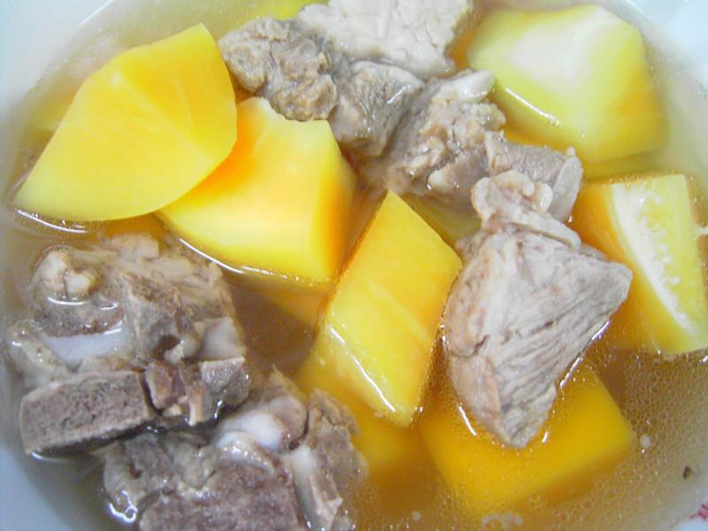 清甜的好滋味-青木瓜燉排骨