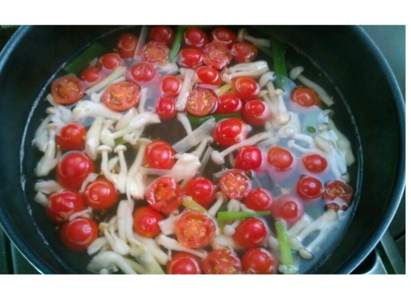 番茄白雪菇湯