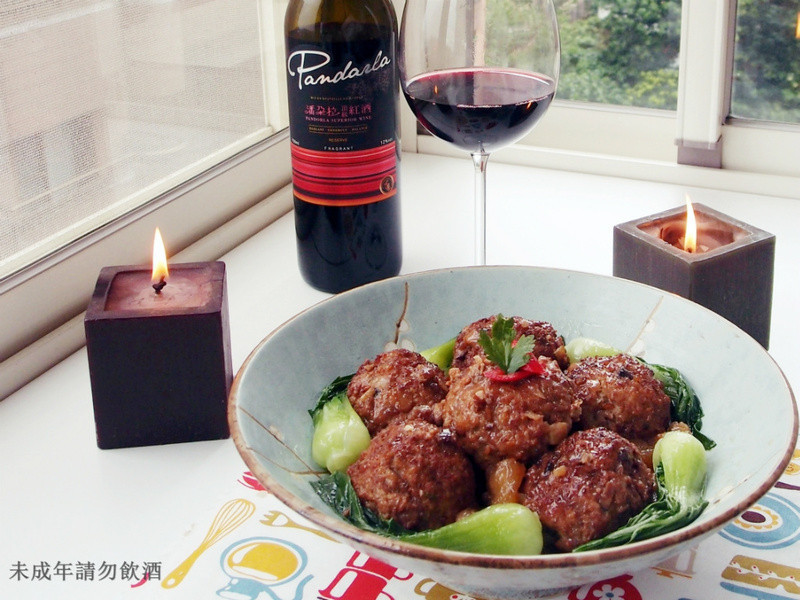 【潘朵拉頂級紅酒】紅燒獅子頭