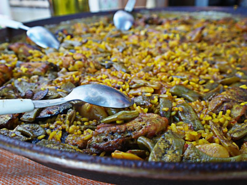 PAELLA VALENCIANA 傳統水稻的瓦倫西亞(西班牙)